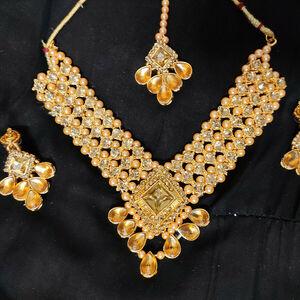 Indian Fashion Jewelry Bollywood Bridal Party Kundan Set Necklace Earrings Tikka