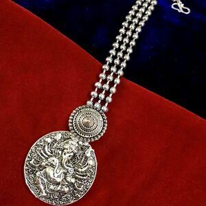 Lord Ganesh Silver Plated Bollywood Oxidized Metal Maang Tikka Forehead Tikka