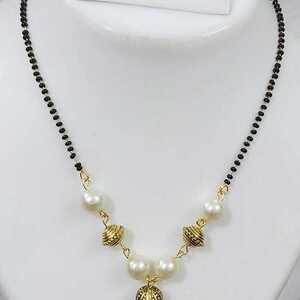 Boho Women Chain Pendant Choker Necklace Tree Shape White Pearl Jewelry Gift