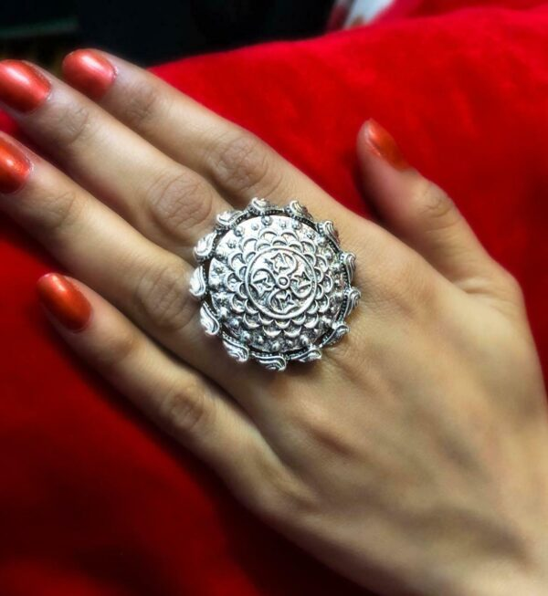New Round Ring Oxidized Silver Plated Adjustable Ring Fashion Jewelry women