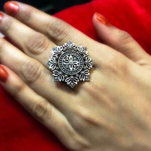 Nice Looking Oxidized Silver Plated Adjustable Ring Fashion Jewelry women
