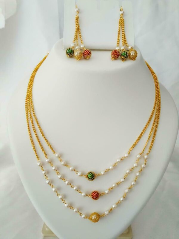 Multi Layer Multi Color Chain Necklace Set Golden Jewelry Gift Light Weight