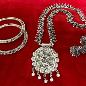 Turkish gypsy bohemian tribal jewelry necklace Set earring bangle With necklace